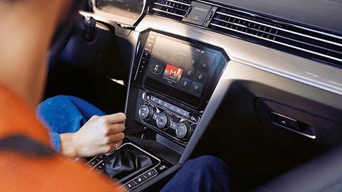 volkswagen-passat-natural-voice-control