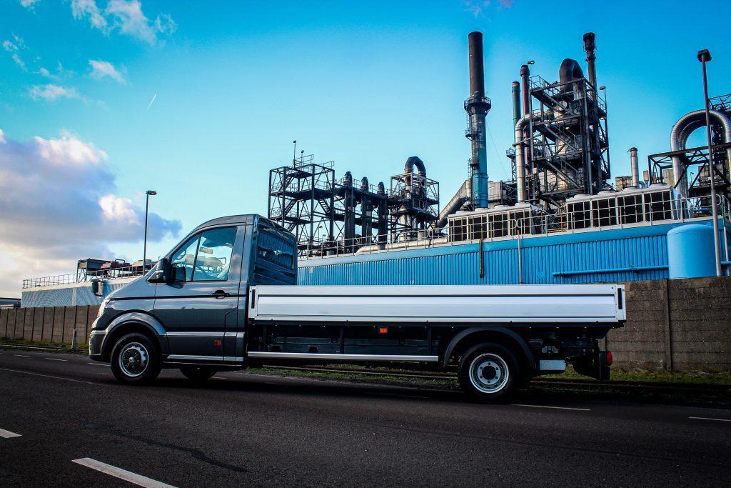 volkswagen-bedrijfswagens-crafter-pick-up-zijkant-auto-hoogenboom