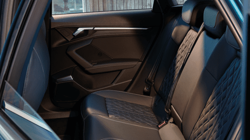 model-highlights-site-audi-a3-limousine-ruimte